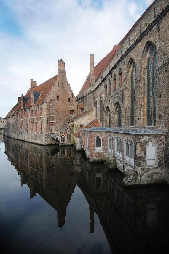 At the Oud Sint Jan's Museum of Bruges November 26 – December 1